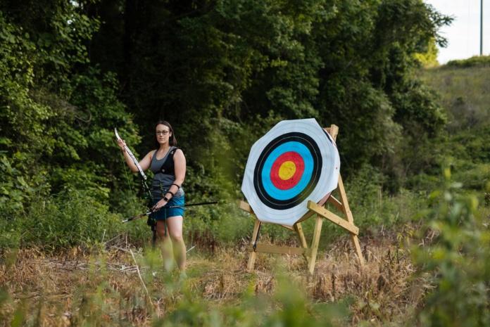 Local archer Danielle Han